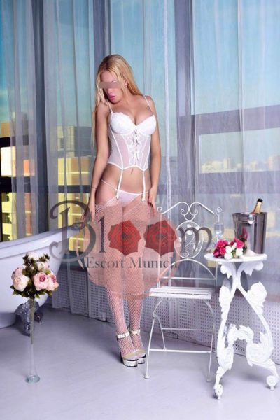 Blonde Escort Munich